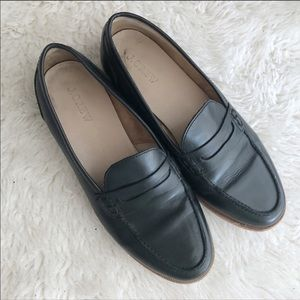 J Crew Black Leather Loafers Size 7.5